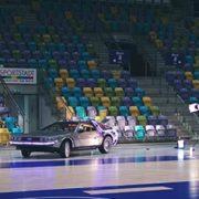 Im Sportmarketing von muthmedia fährt der DeLorean der United Volleys aufs Spielfeld