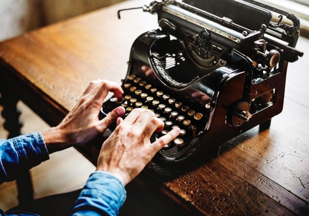 Wie schreibt man ein Drehbuch - Schreibmaschine